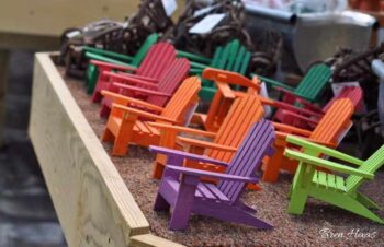 colorful chairs for mini garden