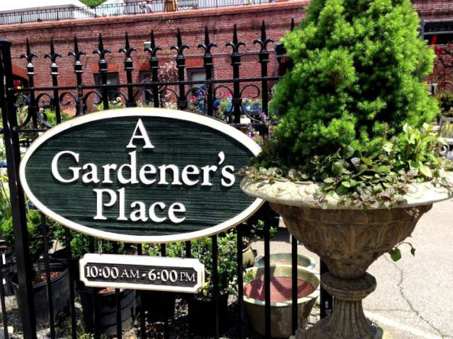 A Gardeners Place Sign