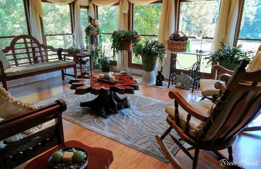 Sunroom with houseplants